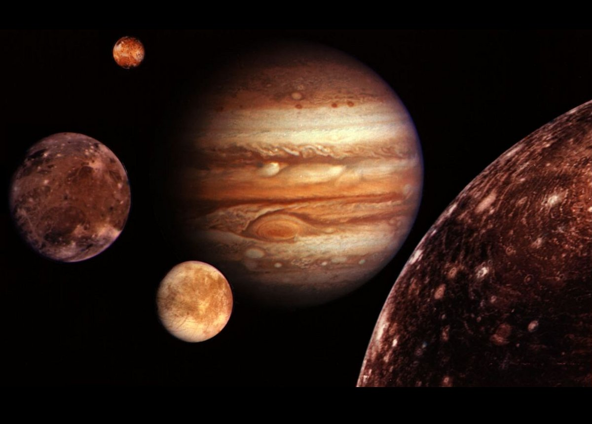 Jupiters Europa moon is most likely   Daily Mail Online